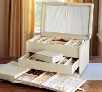 Pottery-Barn-Jewelry-storage