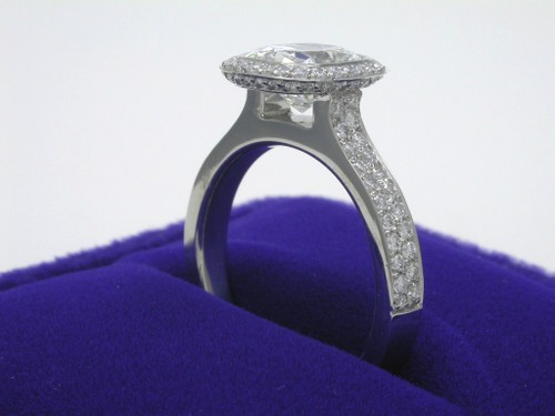 Cushion Cut Diamond Ring: 1.49 Carats