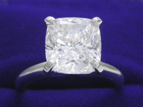 Cushion Cut Diamond Ring: 3.27 carat with 1.10 ratio In Solitaire mounting