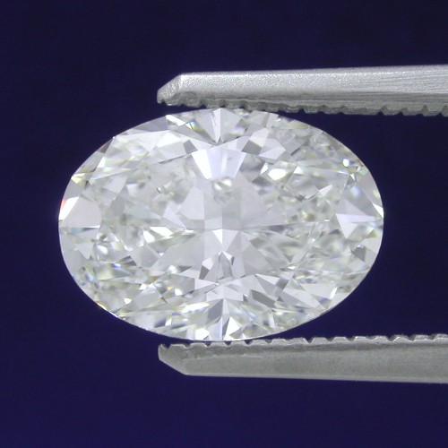 Oval Diamond 2.01 carat 1.36 ratio