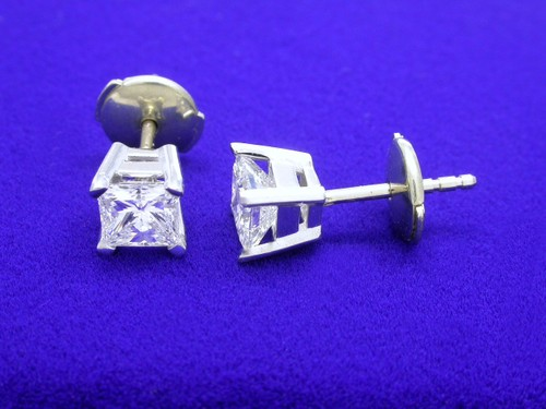 Princess Cut Diamond Earrings with 1.03 total carat weight
