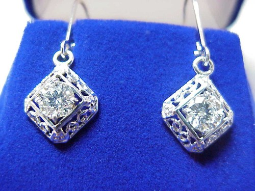 Round Brilliant Cut Diamond Earrings  with 1.01 tcw in Antique mountings
