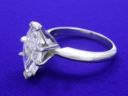 Marquise Cut Diamond Ring: 1.55 carat with 2.02 ratio Solitiare Mounting