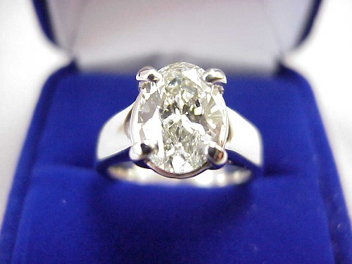 Oval Cut Diamond Ring: 2.01 carat 1.39 ratio in a Trellis style mounting