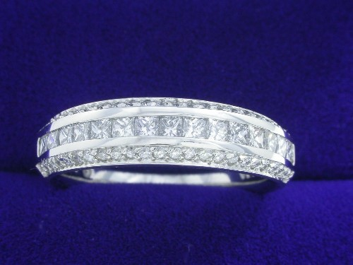 Princess Cut Diamond Ring: 0.80 carat three row Verragio band