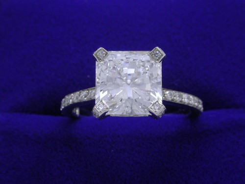Very Best Square Radiant Cut Diamond Engagement Ring 500 x 375 · 28 kB · jpeg