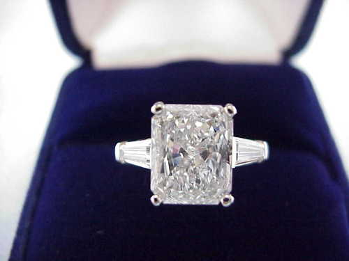 Radiant Cut Diamond Ring: 3.13 carat with 1.22 ratio and Baguette side diamonds