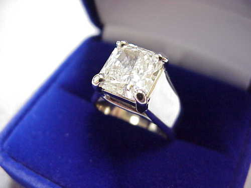 Radiant Cut Diamond Ring: 3.67 carat with 1.08 ratio in wide Trellis style mounting