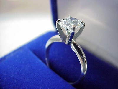 Cushion Cut Diamond Ring: 1.76 carat with 1.20 ratio in Solitaire style mounting