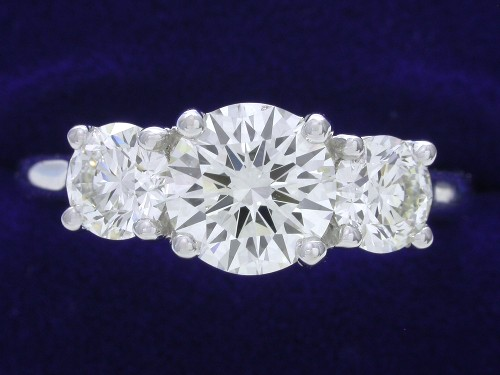 Round Brilliant Cut Diamond Ring: 1.17 carat with 0.82 tcw Round Side Diamonds